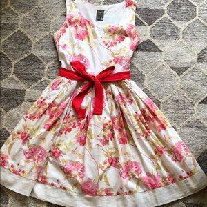 Taylor Spring/Summer Cotton Floral Dress size 2